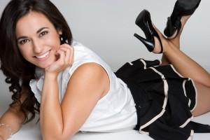 Колготки здатні показати всю красу жіночих ніг