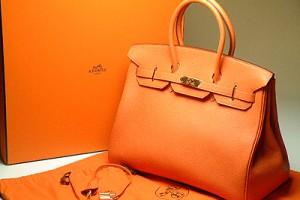 При виборі сумки варто звертати увагу на її форму і розмір