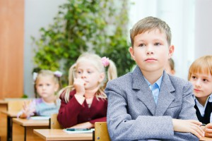 Чому дитина може боятися школи