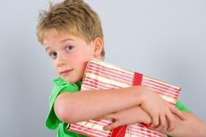 Що подарувати дитині на день святого Миколая