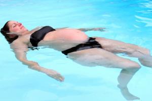 Плавання для вагітних