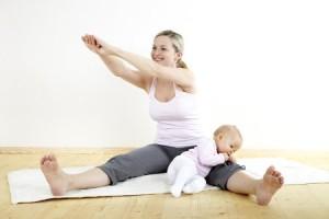 Вправи допоможуть повернути форму після пологів