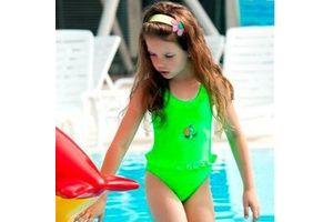 Вибираємо купальник для дівчинки