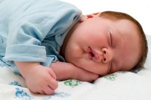 Как выбрать детский ортопедический матрас для малыша