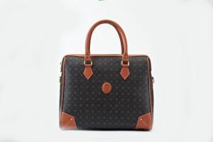 Сила жіночої сумочки