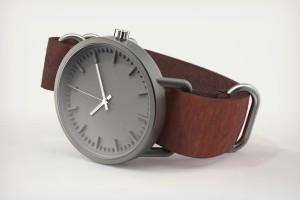 Срібний годинник в Києві від Daru