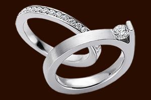 Срібні перстені з перлами