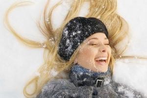 Как эффективно защитить красоту своих волос зимой