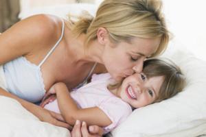 Як правильно розбудити дитину