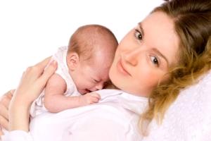 Що купити новонародженому в першу чергу