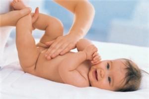 Гігієна новонародженої дівчинки