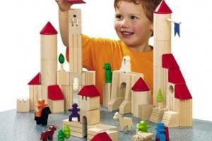 Розвиваючі іграшки з дерева